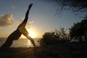 Rule Breaking - drunken sunset yoga, I did the sober stuff in the morning!
